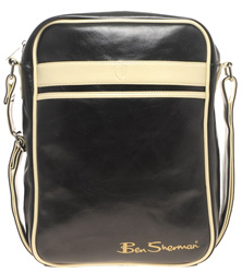1_ben-sherman-flight-bag_8-best-gifts-for-men-under-100
